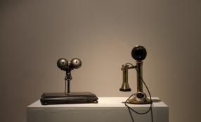 Vue de l'exposition « The ghost in the machine », Le Bon Accueil