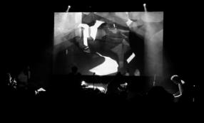 OISEAUX-TEMPETE W/ MONDKOPF & G.W SOK